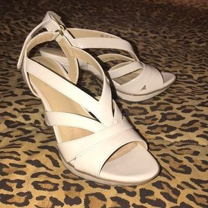Naturalizer Shoes - NWOT Naturalizer sandals with heels